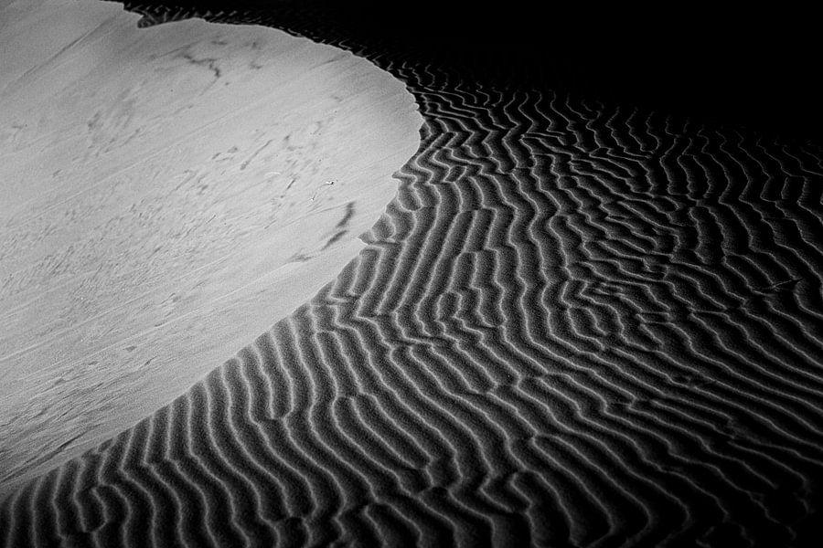 Zandduinen in Marokko van Paul Piebinga