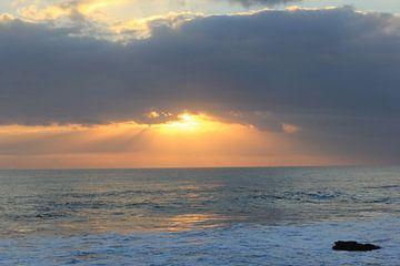 Indonesië: Zonsondergang 5 von Raoul van de Weg