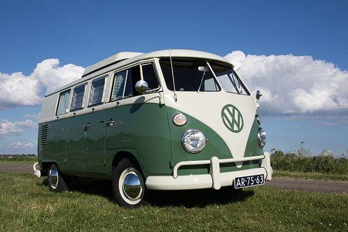 T1 Volkwagenbusje 1967 van Jolanda van Eek