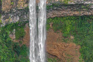Wasserfall Chamarel von Kees Korbee