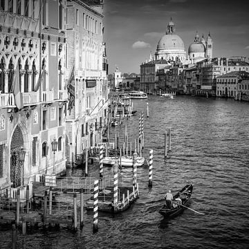 VENEDIG Canal Grande und Santa Maria della Salute | Monochrom von Melanie Viola