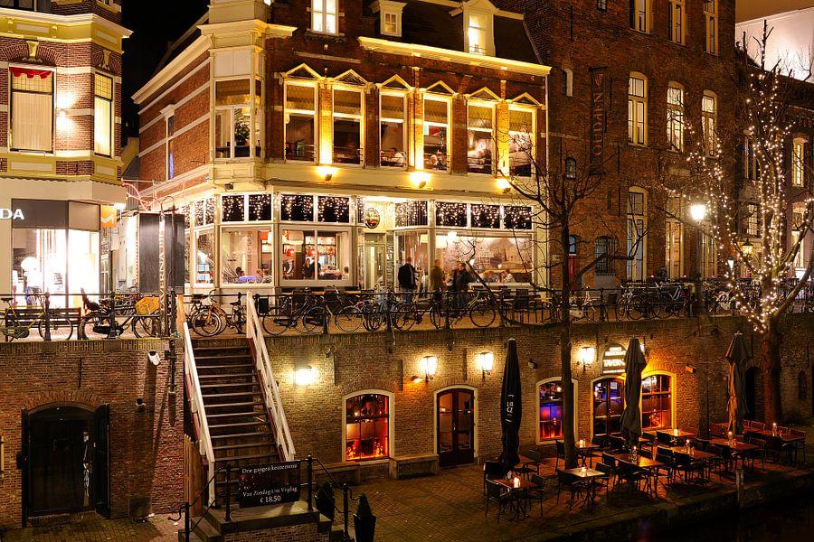 King Arthur, Oudaen en Taverna aan de Oudegracht in Utrecht van Donker Utrecht
