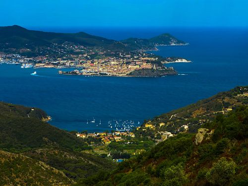 The bay of Portoferrario / Elba van