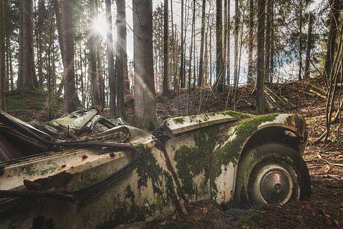 Verroeste Auto van Perry Wiertz