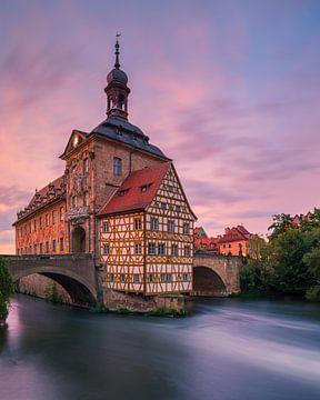 Sonnenuntergang am alten Rathaus in Bamberg, Bayern, Deutschland