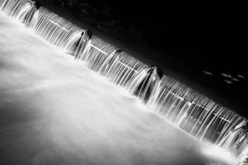 Dark water lightning von Peter van Eekelen