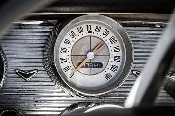 Dashboard Chevrolet Bel Air met snelheidsmeter