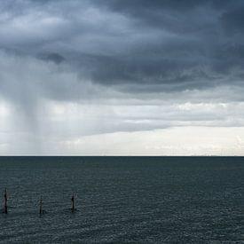 Regen boven het IJsselmeer sur Wim Slootweg