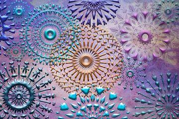 Collage-Mandala in Violett und Blau von Rietje Bulthuis