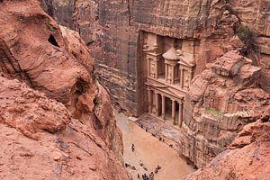 De ruïnes van Petra, een historische stad in Jordanië van