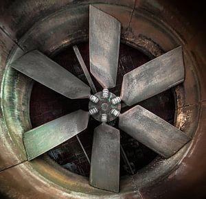 Ventiltor in een verlaten fabriek  Urbex