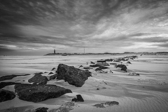 Storm op het strand 02 van Arjen Schippers
