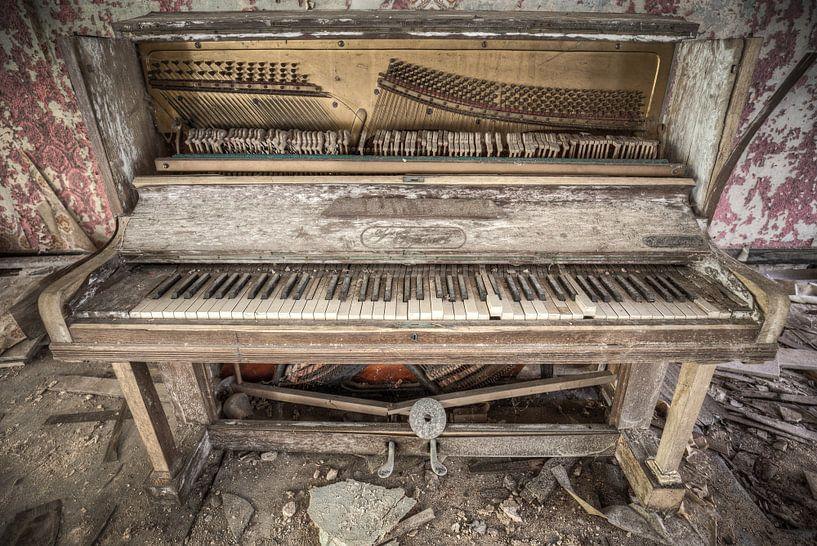 My Old Piano van Alexander Bentlage