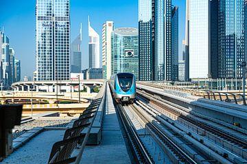 Dubai, trein in de stad