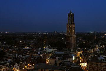Dom Utrecht bij nacht van Onno Feringa