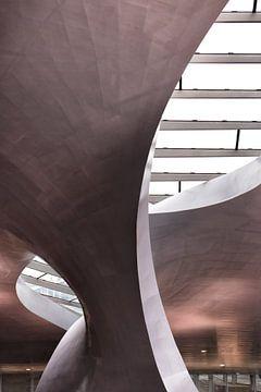 Arnheim Bahnhof Detail wunderbahre architektur von Marianne van der Zee