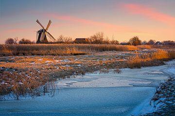 Winterlicher Sonnenaufgang an der Noordermolen