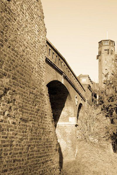 Oude stadsmuur Nijmegen van Tessa Louwerens