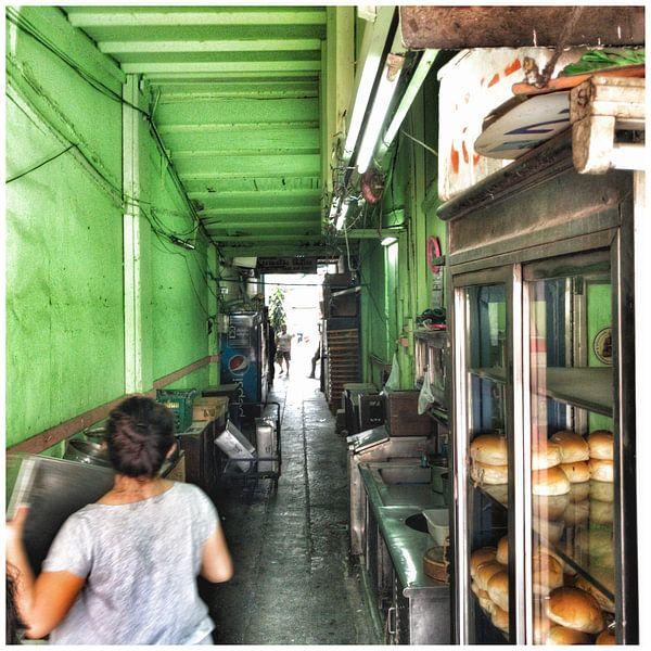Een steegje in Bangkok van SPOOR Spoor