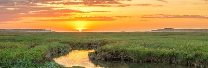 Panorama zonsondergang op Texel / Panoramic photo Texel sunset sur Justin Sinner Pictures ( Fotograaf op Texel)