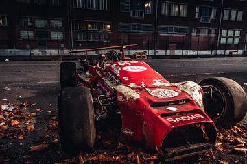 Voiture de course Indy ancienne formule sur Lesley Gudders