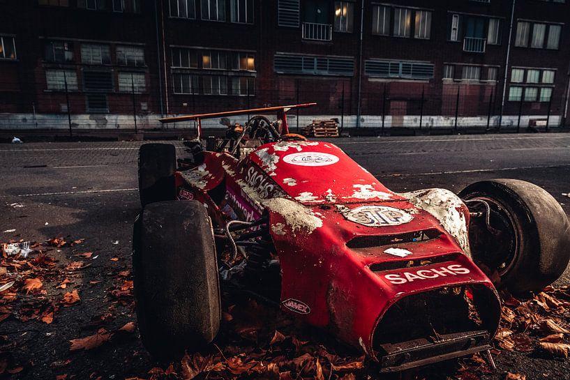 Oude formule Indy racewagen van Lesley Gudders