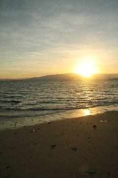 Zonsondergang op Fiji, Treasure Island II van Chris Snoek