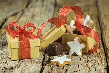 Kerst geschenkdoosje met ster koekje en chocolade van Alex Winter