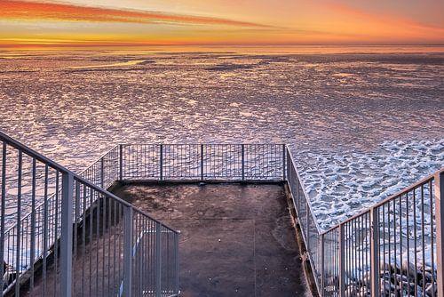 Winters uitzicht op het IJsselmeer
