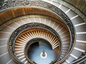 Draaitrap in Vaticaan van Atelier Liesjes