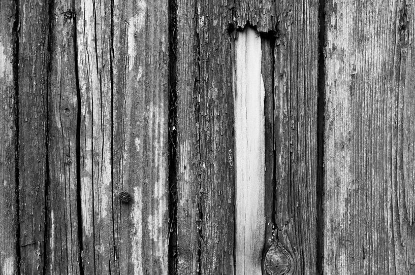 Gesloten deuren van Sander Strijdhorst
