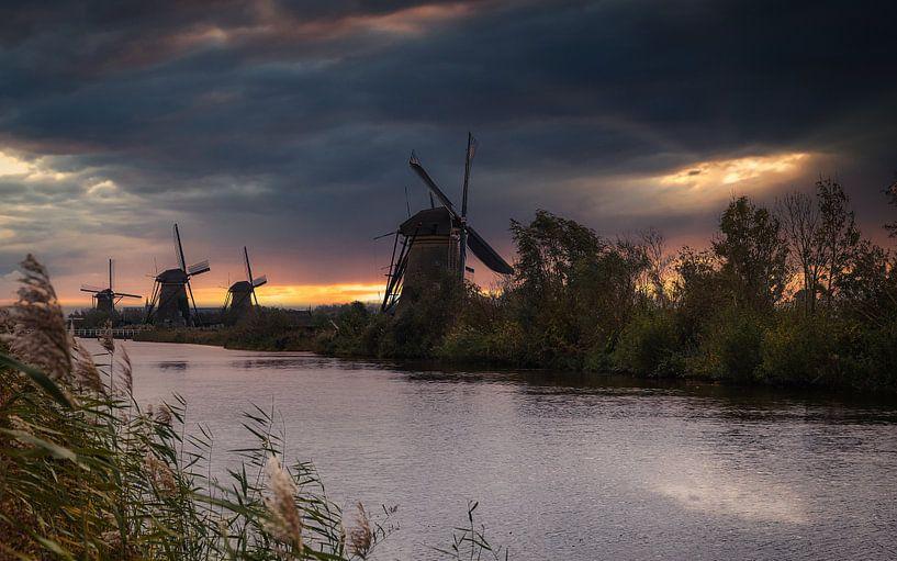 Molenkade Nederwaard, Kinderdijk van Mart Houtman