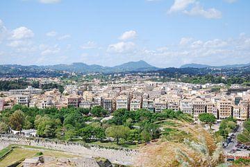 Uitzicht over Corfu stad op het Griekse eiland Corfu. von Ingrid Van Maurik