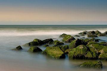 Cadzand strand in een sfeerbeeld. van Ellen Driesse