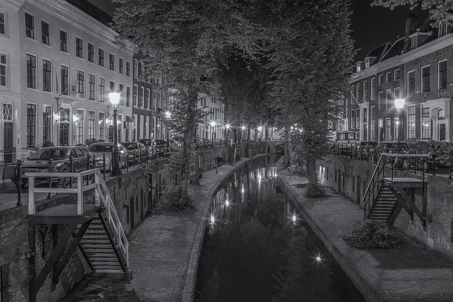 Nieuwegracht in Utrecht in de avond - 5