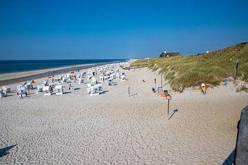 Strandstoelen op het strand van Kampen van Alexander Wolff