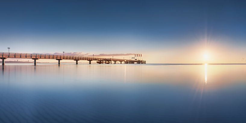 Sommerliche Ostsee und Seebrücke von Scharbeutz von Voss Fine Art Fotografie