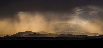 Niederschlag in den Monts d'Ardèche, Frankreich von Peter Leenen