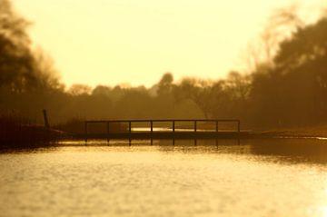 Sonnenuntergang an der Brücke von Discover Dutch Nature