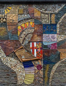 Historisch mozaïek bij de oude stadsmuur in Cochem van MSP Canvas