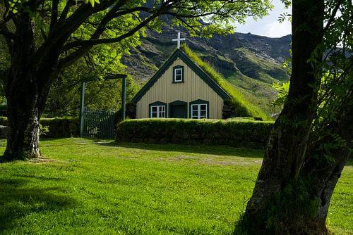 Hofskirkja, IJsland van Joep de Groot