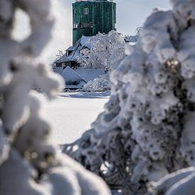 Besneeuwd uitzicht op de Astenturm. van Deimel Fotografie