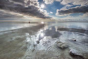 Het IJsselmeer op een windstille zomerdag van Harrie Muis