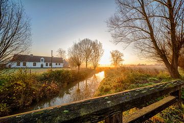 landschap met zonsopgang van Marcel Derweduwen