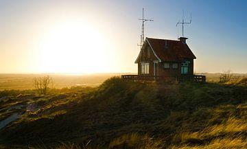 Radiohuisje op Terschelling van Cynthia Hasenbos