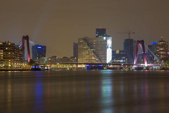 Willemsbrug Rotterdam van Guido Akster