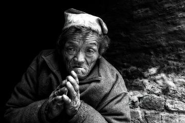 old man nepal van rene schuiling