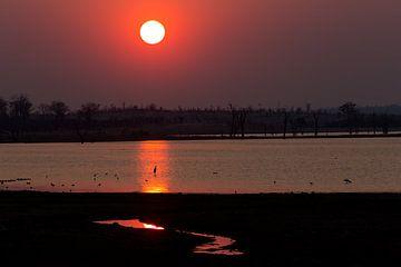 Sonnenaufgang am Mandavu Reservoir von Angelika Stern