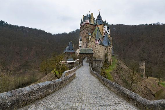 Burg Eltz van Ab Wubben