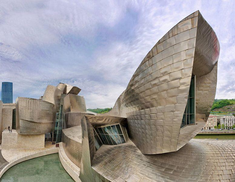 Guggenheim Museum Bilbao- architect Frank Gehry van Dirk Verwoerd